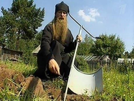 Чудо лопата монаха