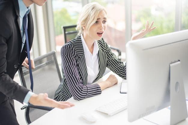 Фото: для применения основания необходимо еще при приеме установить конкретные условия работы, которые сотрудник должен выполнять. Источник: freepik.com/tonefotografia