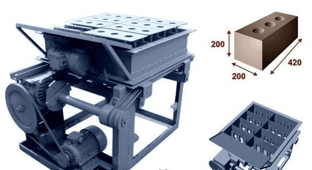 Рисунок 2. Механическая установка УСПБ 8 для производства стеновых блоков (8 форм).
