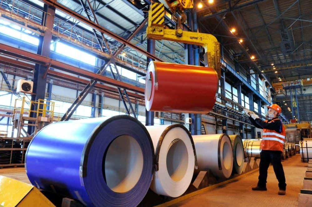 Рисунок 2. Отгружаемая металлопродукция на заводе. Источник: портал «Нижегородская деловая газета»